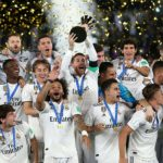 Real Madrid levanta la copa de LaLiga